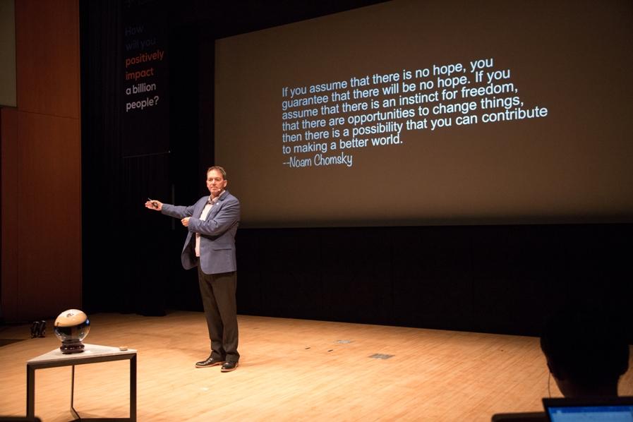 Nicholas Haan at Singularity University Japan Summit 2017