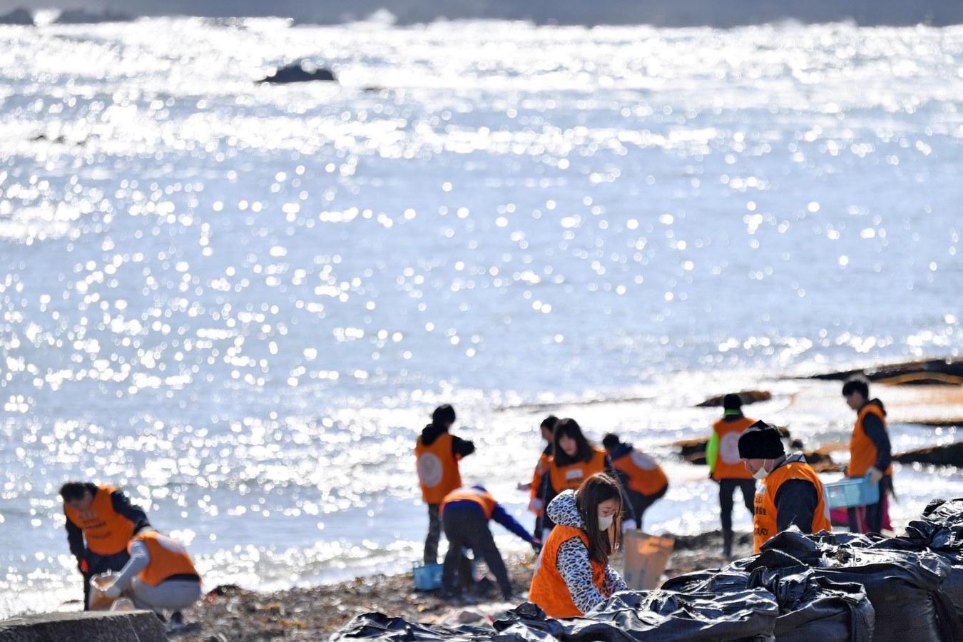 【12版2社さし】東日本大震災7年