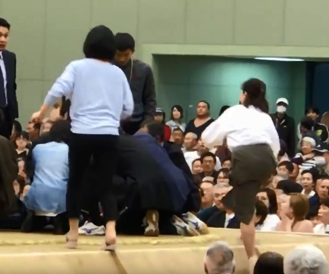Women got on the dohyo to save life