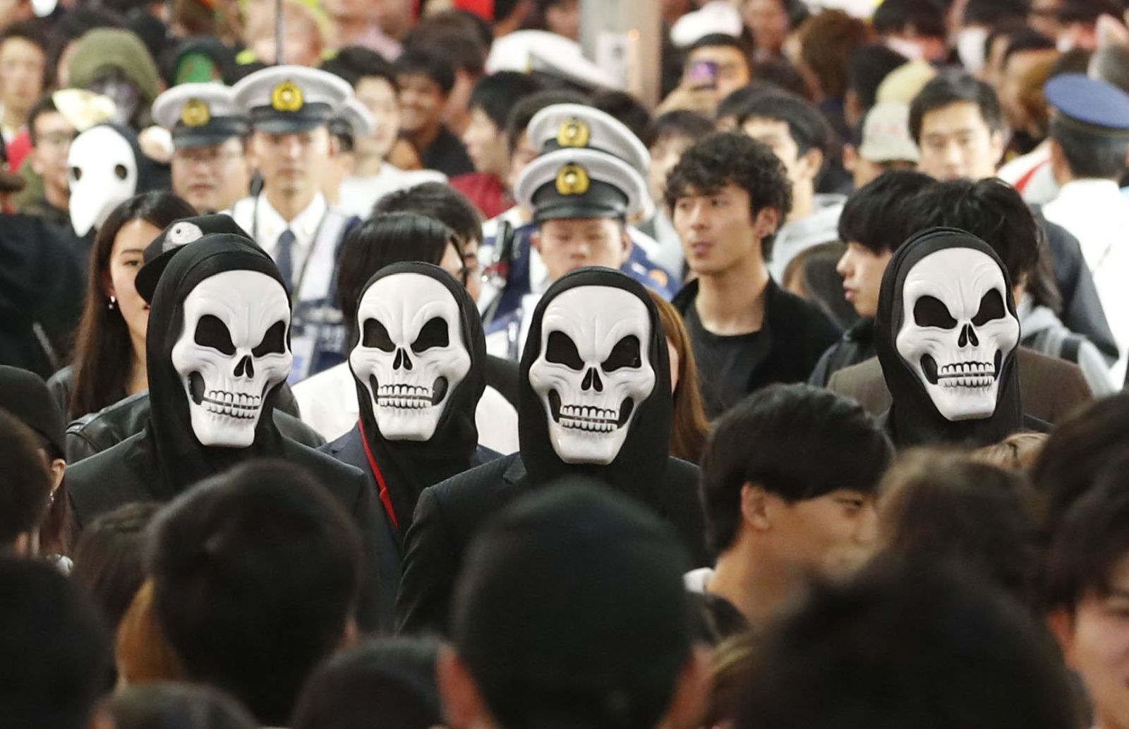 Halloween Revelry in Shibuya Marred By Overturned Truck, 5 Arrests, Chaos