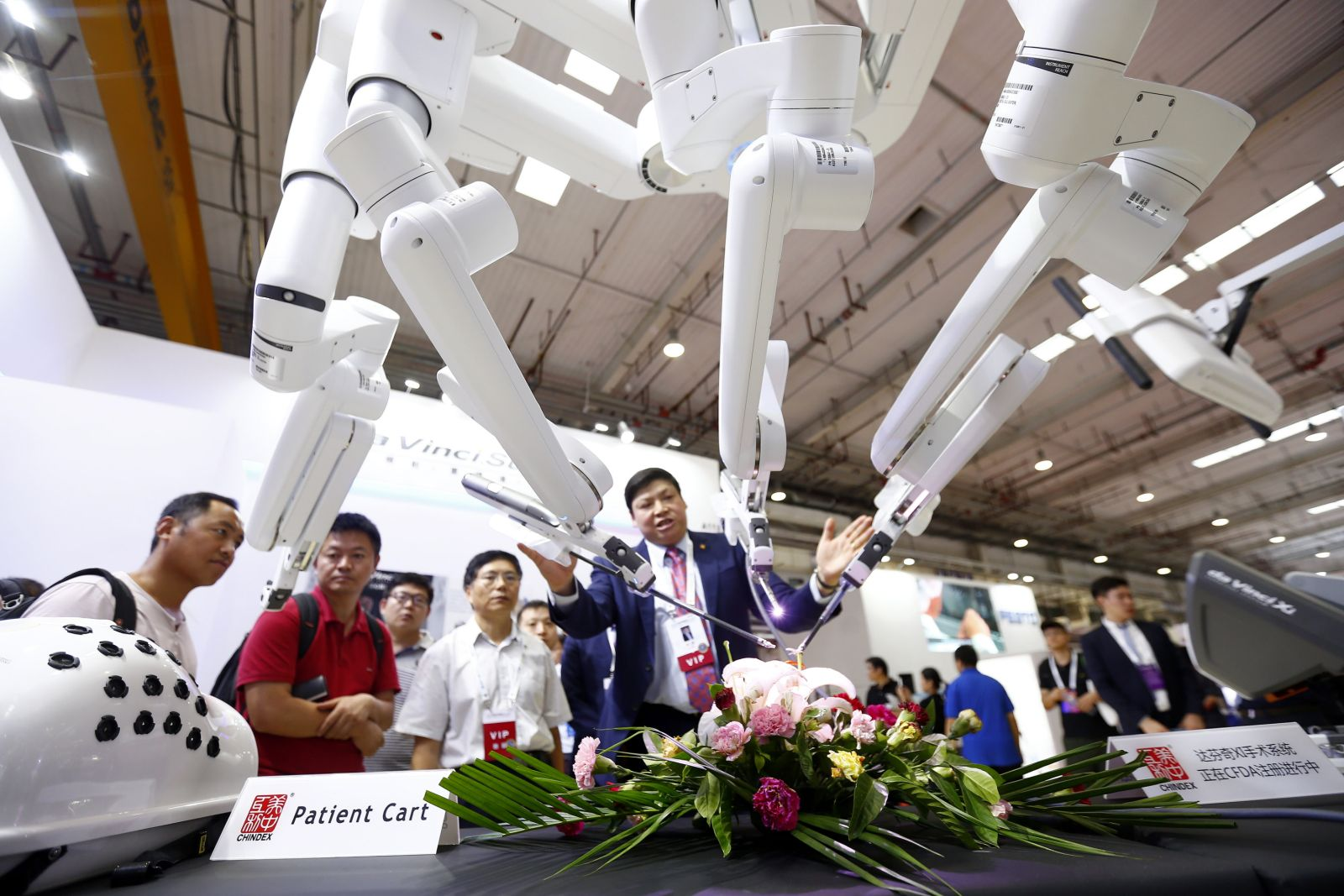 Robots From Around the World Come to Tokyo for JPY100-Million Prize