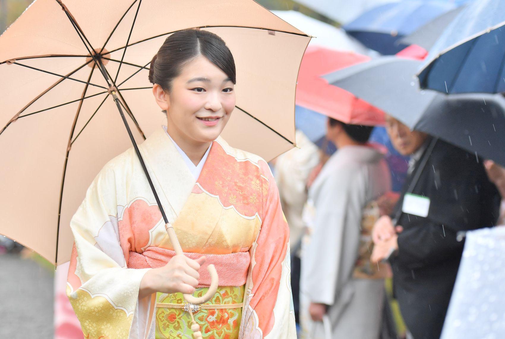 Emperor, Empress Host the Last Imperial Garden Party of the Heisei Era