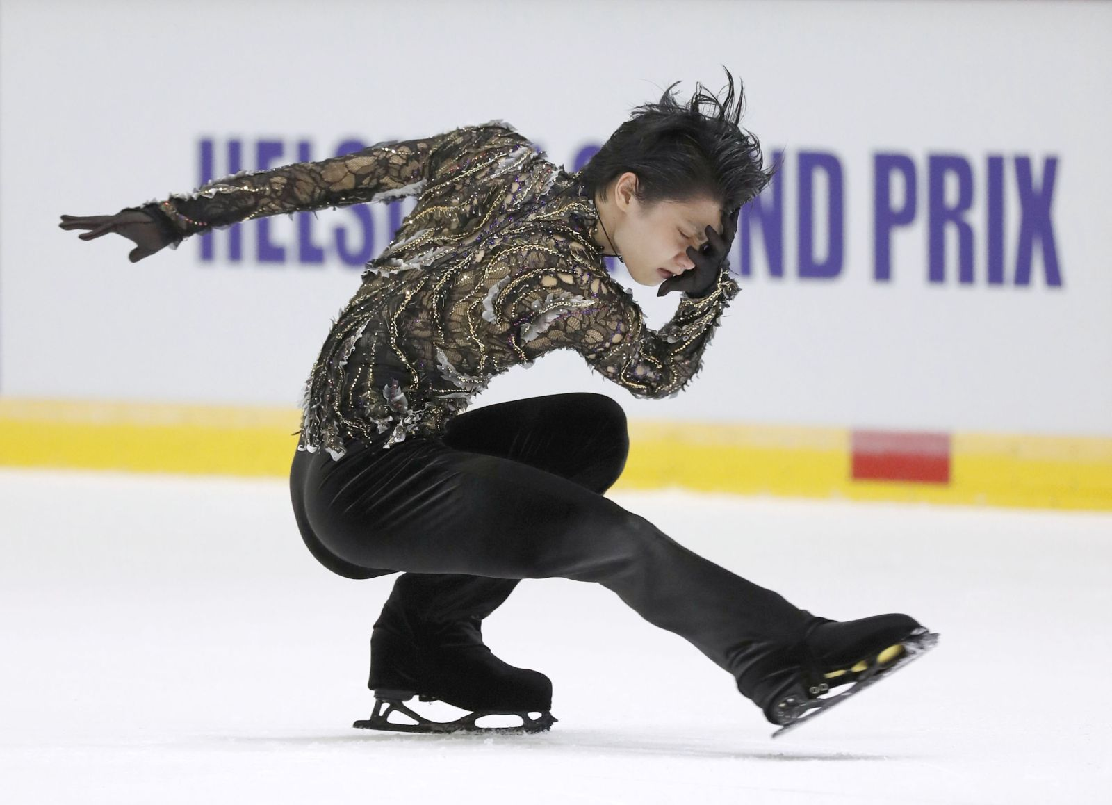 Olympic Medalist Yuzuru Hanyu Strikes Gold at Helsinki Grand Prix