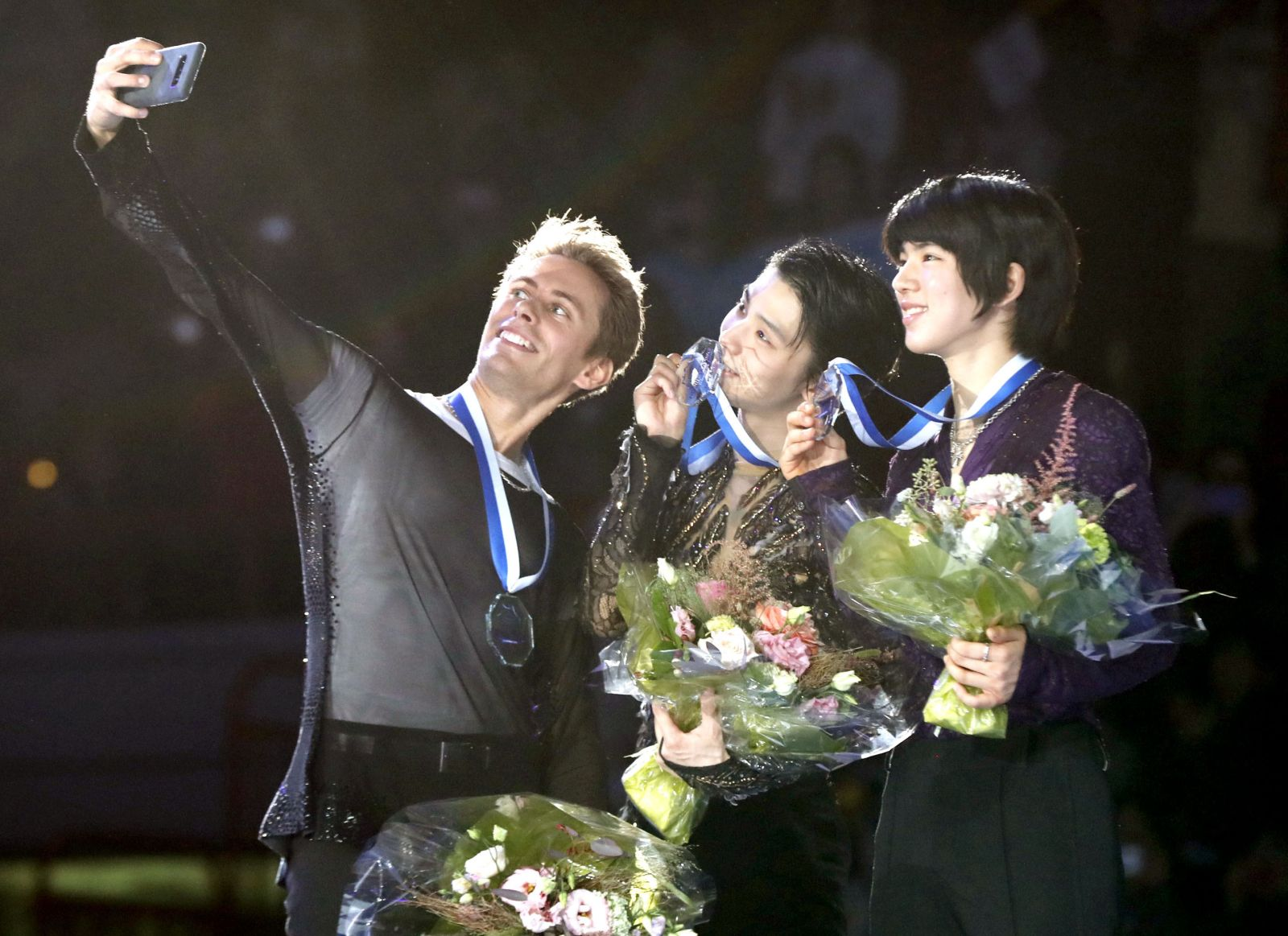 Olympic Medalist Yuzuru Hanyu Strikes Gold at Helsinki Grand Prix
