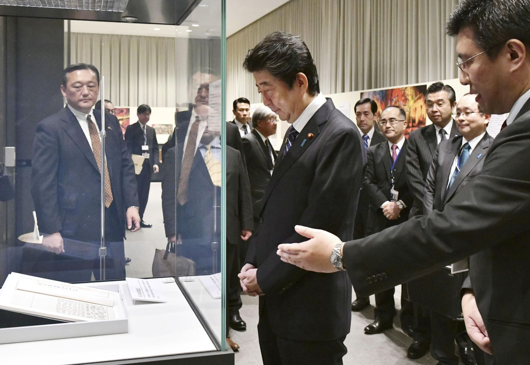 Prime Minister Abe Shows Courageous Leadership in Pushing for Article 9 Amendment