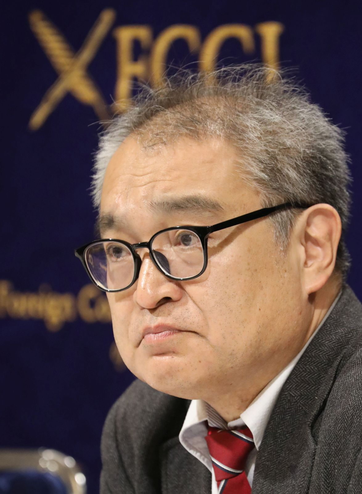 Uemura, It's Pointless to Pursue Your 'Comfort Women' Defamation Case