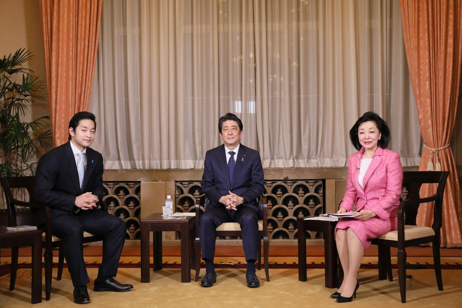 DIALOGUE   Prime Minister Shinzo Abe, Violinist Ryu Goto with Yoshiko Sakurai