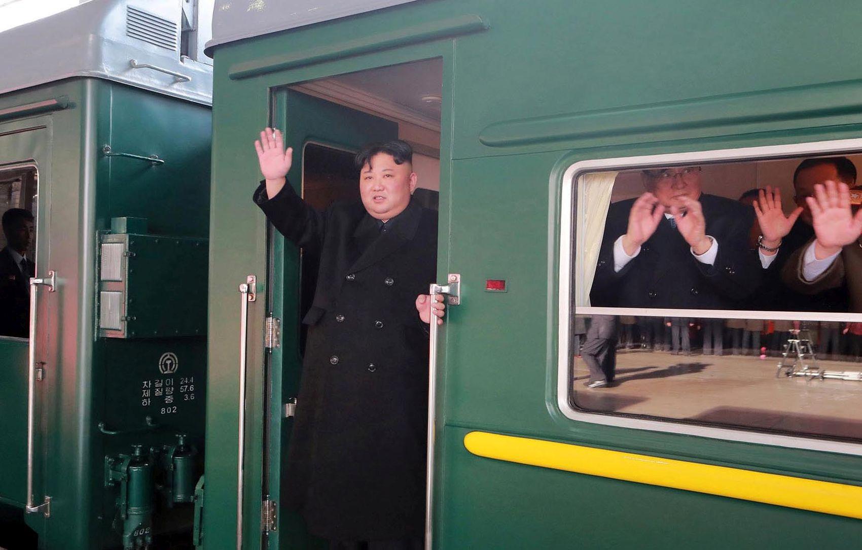 Mr. Abe, Don't Let President Trump Ease Sanctions on North Korea