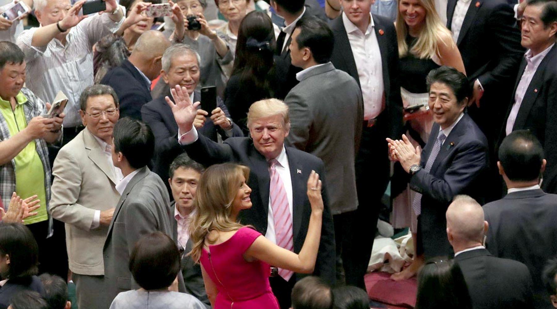 President Trump U.S. Cup to Japan Sumo Wrestler 001