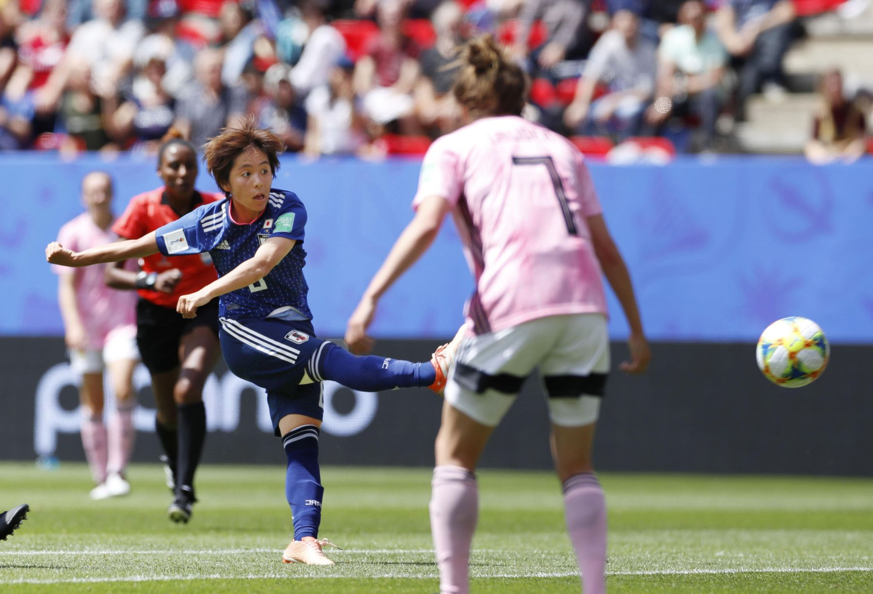 2019 FIFA Women's World Cup Japan vs Scotland 009