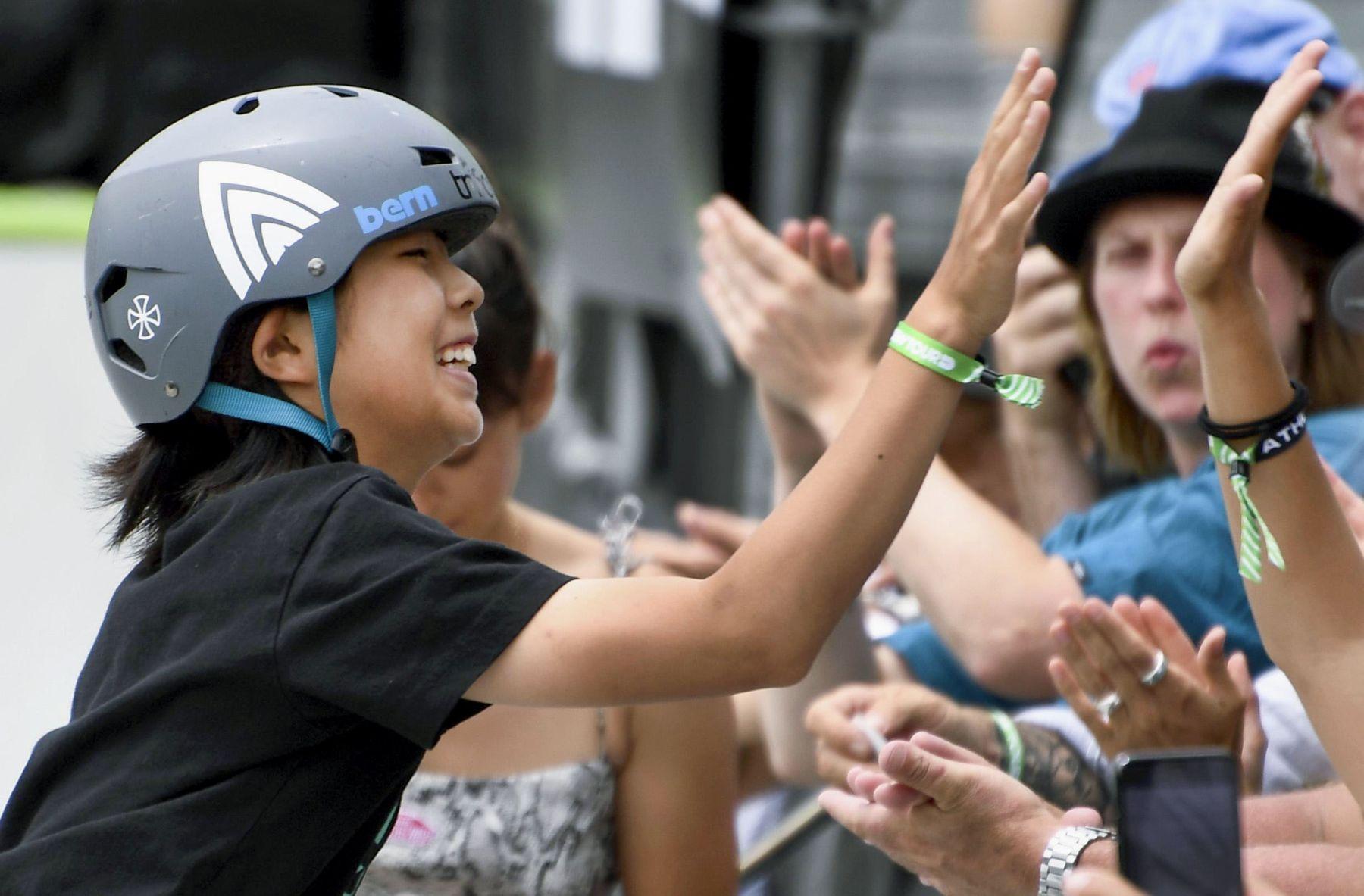 Misugu Okamoto Japan Wins in the Womens Park Skateboard Final 009