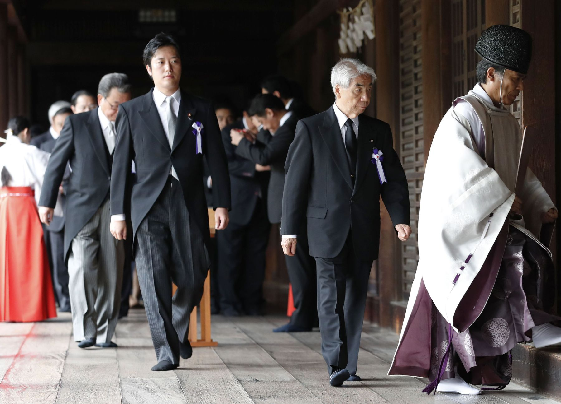 Japan End of War Memorial Day at Yasukuni Shrine 017