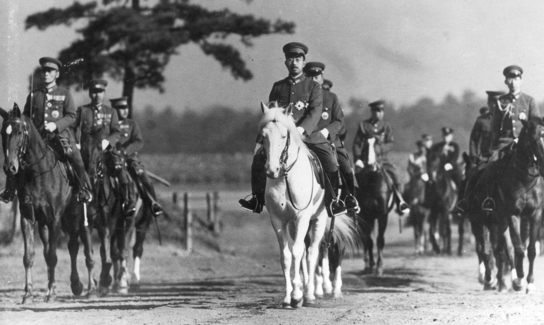 Emperor Showa Favored Japans Rearmament, Documents Reveal 002