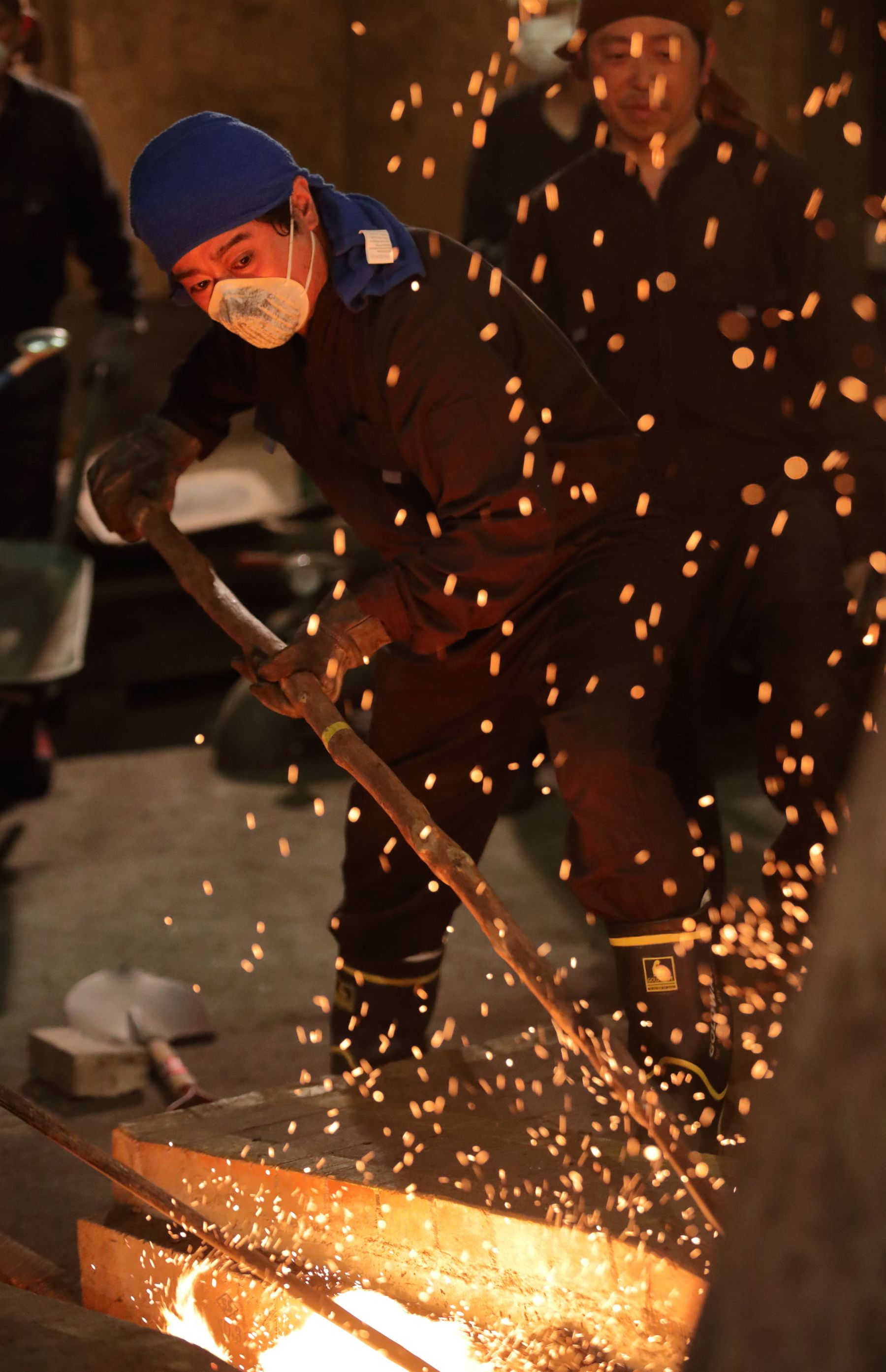 Beautiful Japan – Fueling a Thousand-Year Flame with Traditional Iron Bellows in Unan, Shimane 002