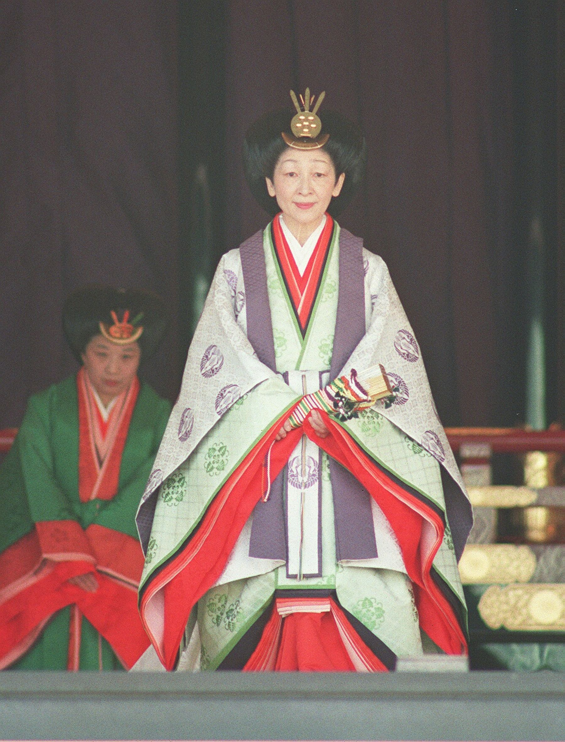 Enthronment Ceremony Japan 001