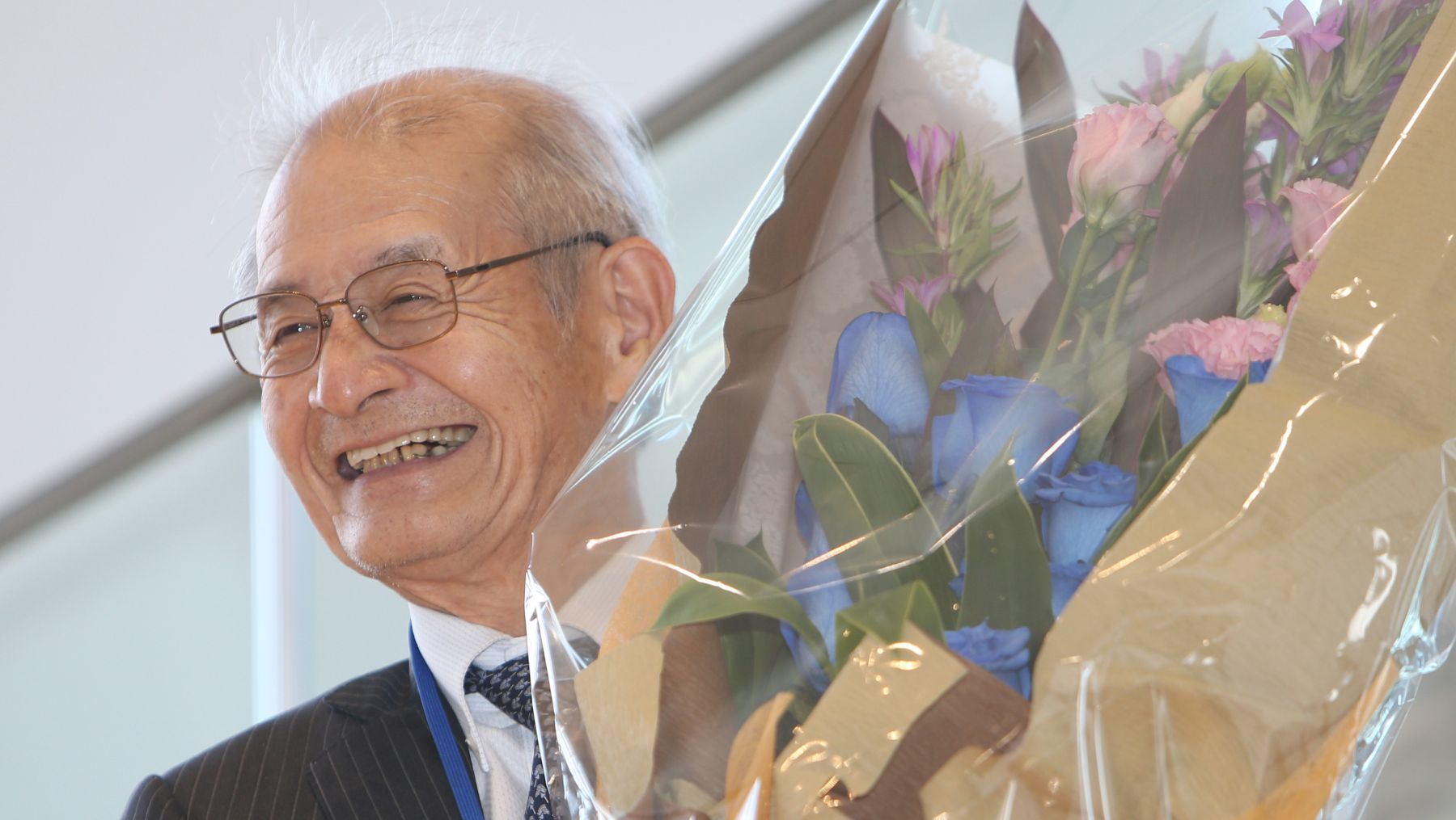 Japanese Akira Yoshino Shares 2019 Nobel Prize in Chemistry Toward a Wireless, Fossil Fuel-Free Society 003