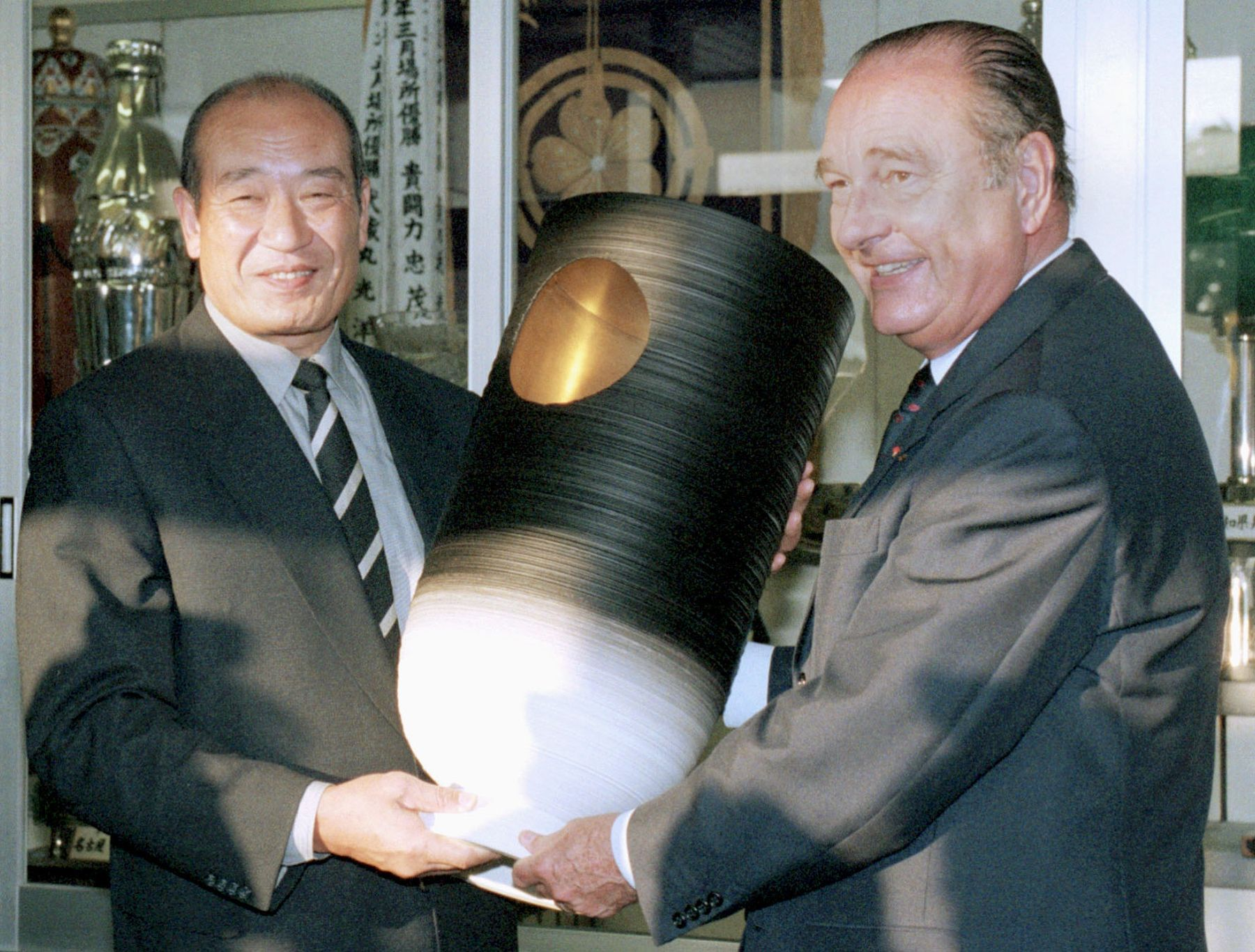 Obit Chirac French President who Loved Japan 013
