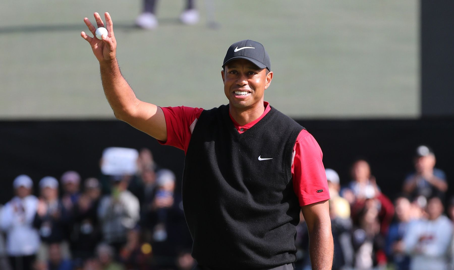 Tiger Woods 82 PGA Tour Win in Japan 002