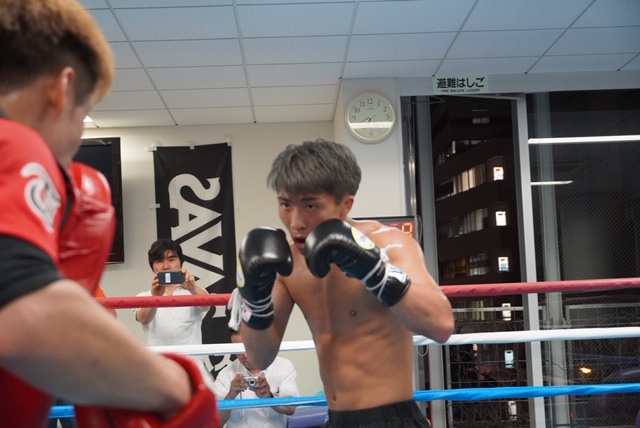 Drama in Saitama WBSS Title Fight Shaping Up to Be a Battle of the Ages 008