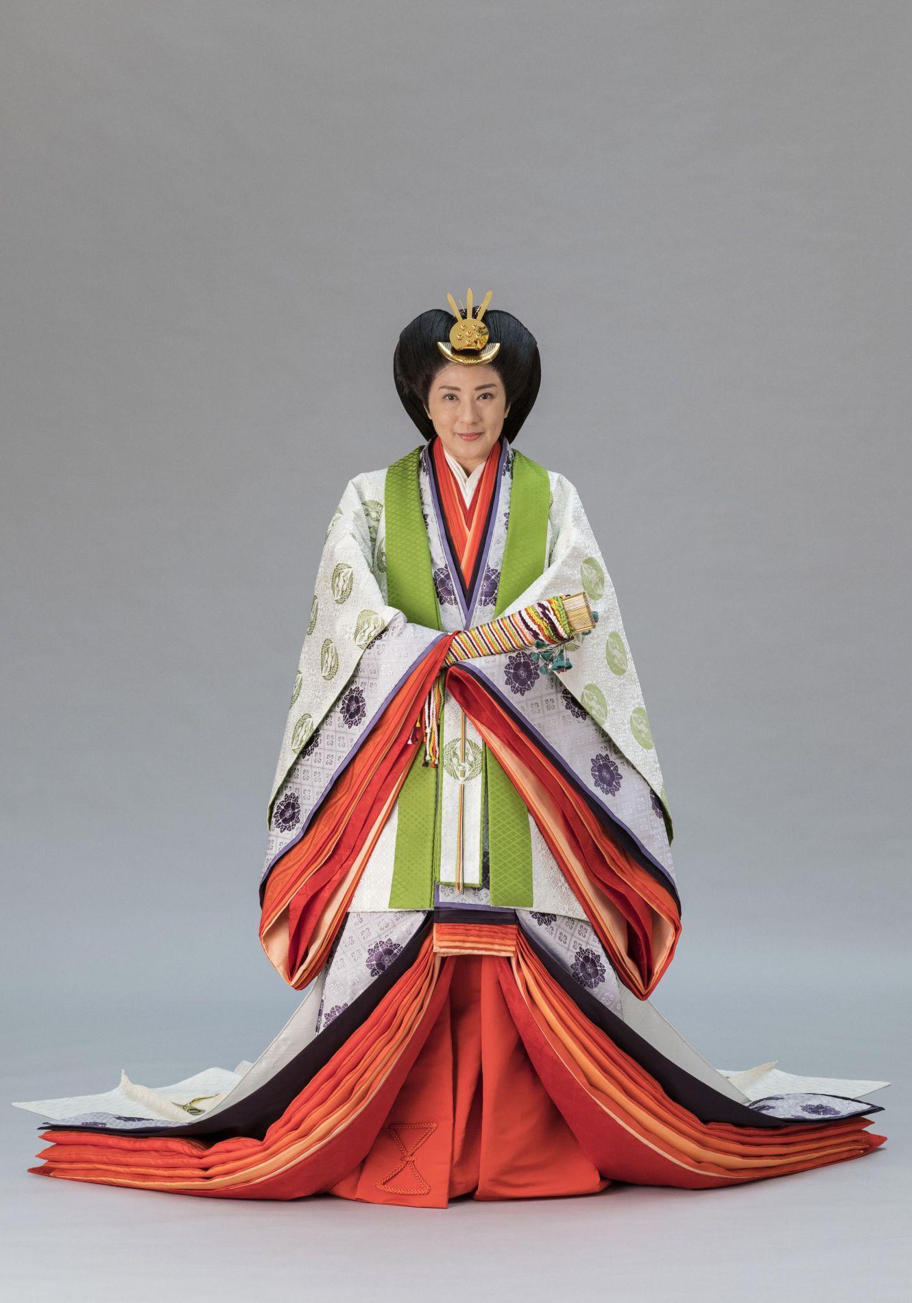 Japan Empress Masako Enthronement 006