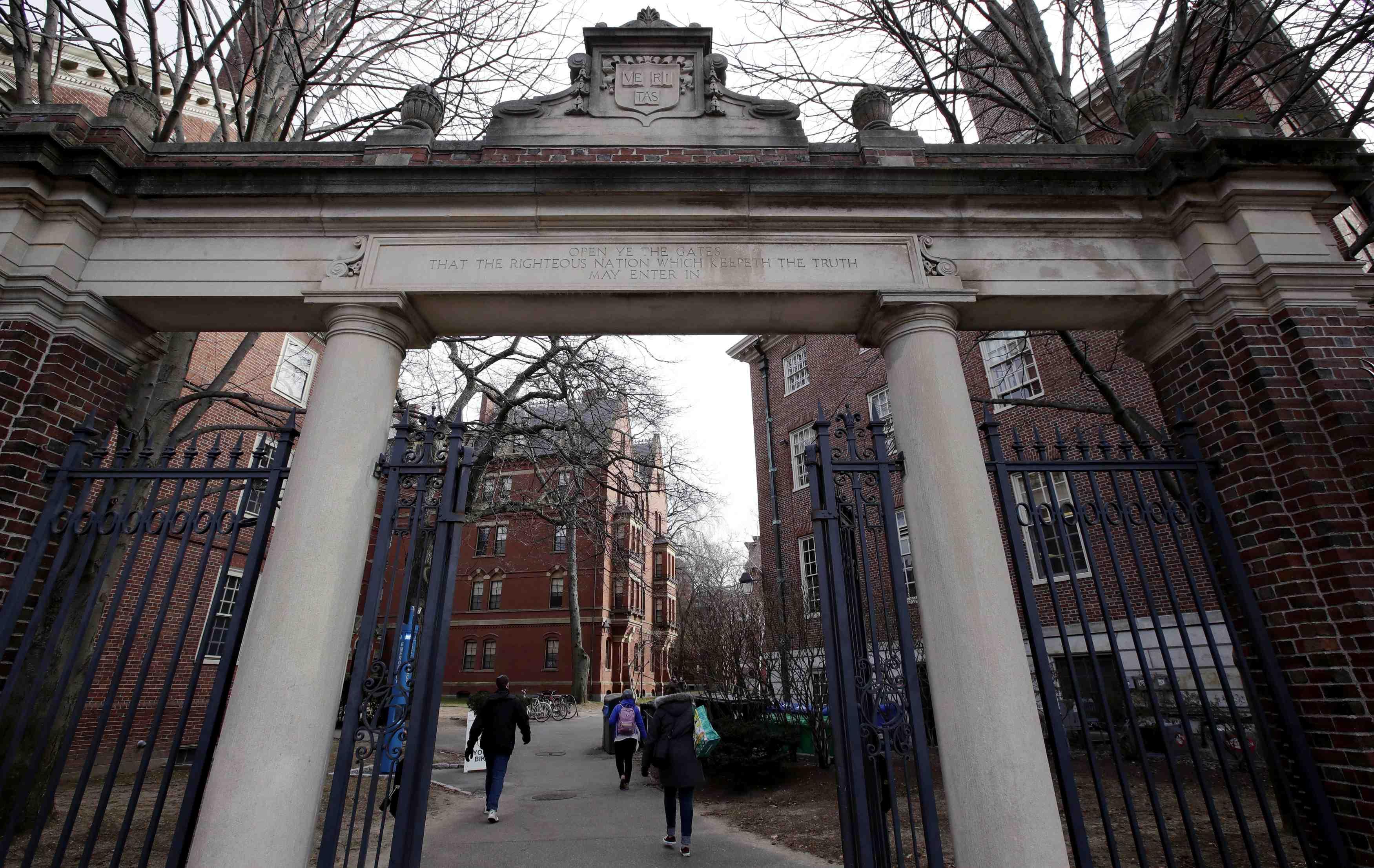 Harvard Newspaper Immigration