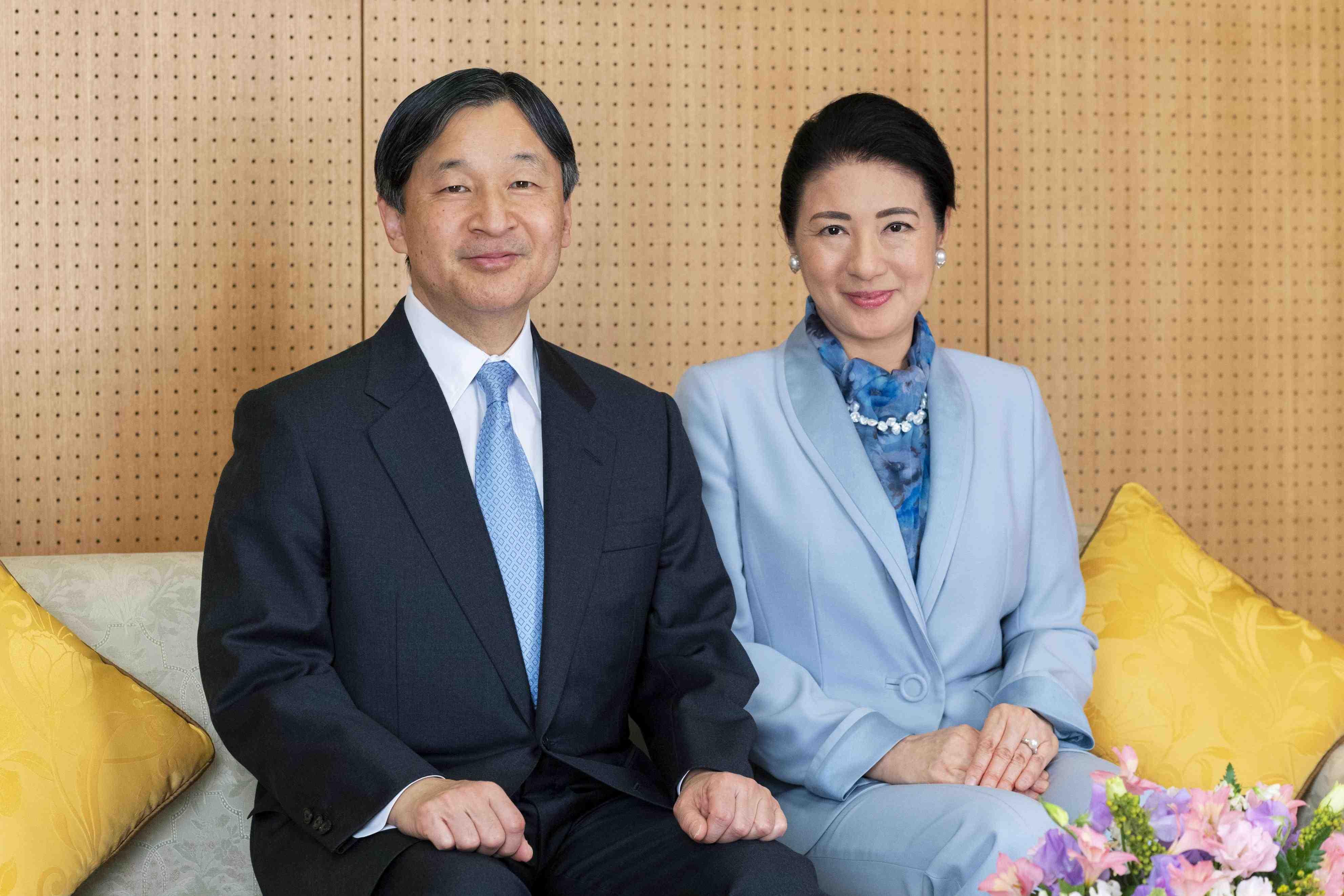 Japan Emperor 60th Birthday 005
