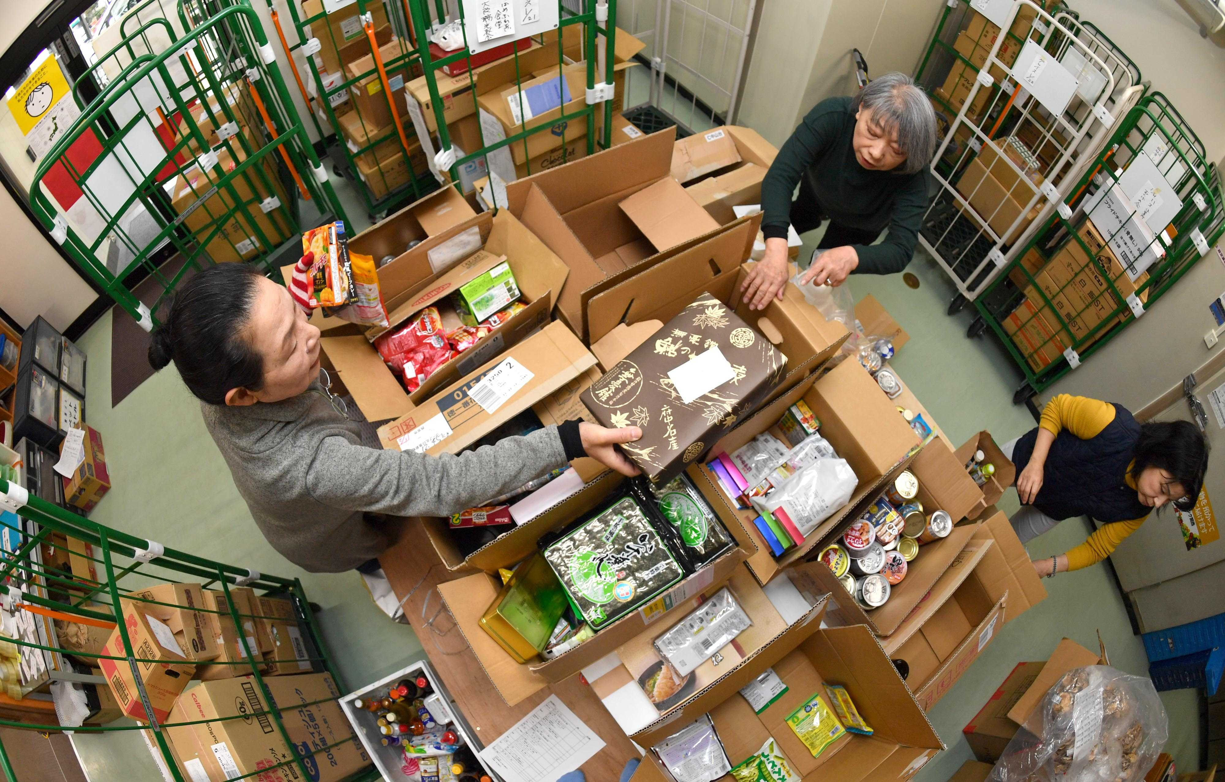 By Feeding the Needy, Ponopono's Place Gives Food Waste A New Mission4