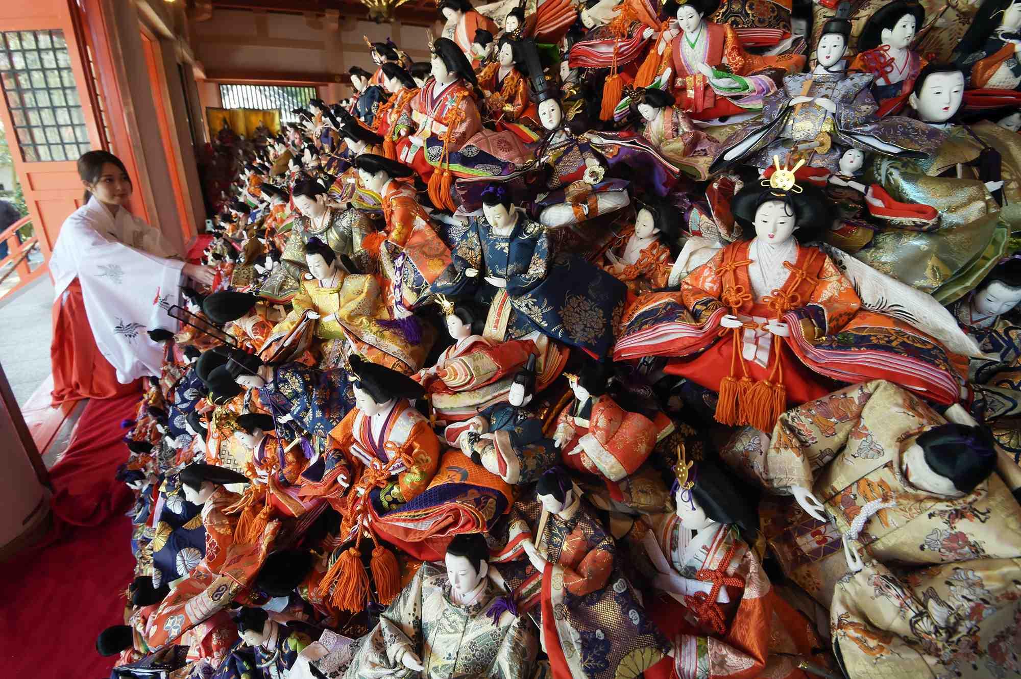 "Hidden Wonders of Japan ""Hina Nagashi"" in Wakayama 004"