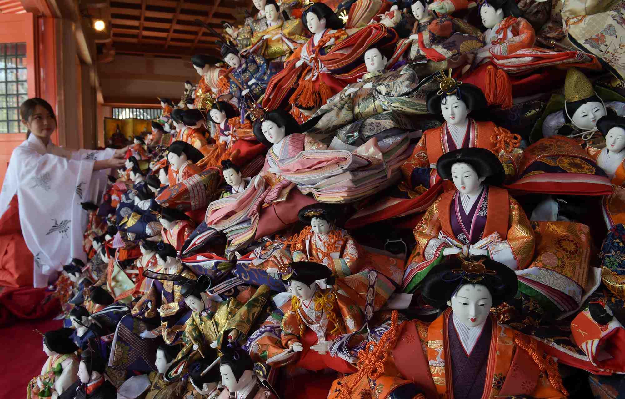 "Hidden Wonders of Japan ""Hina Nagashi"" in Wakayama 006"