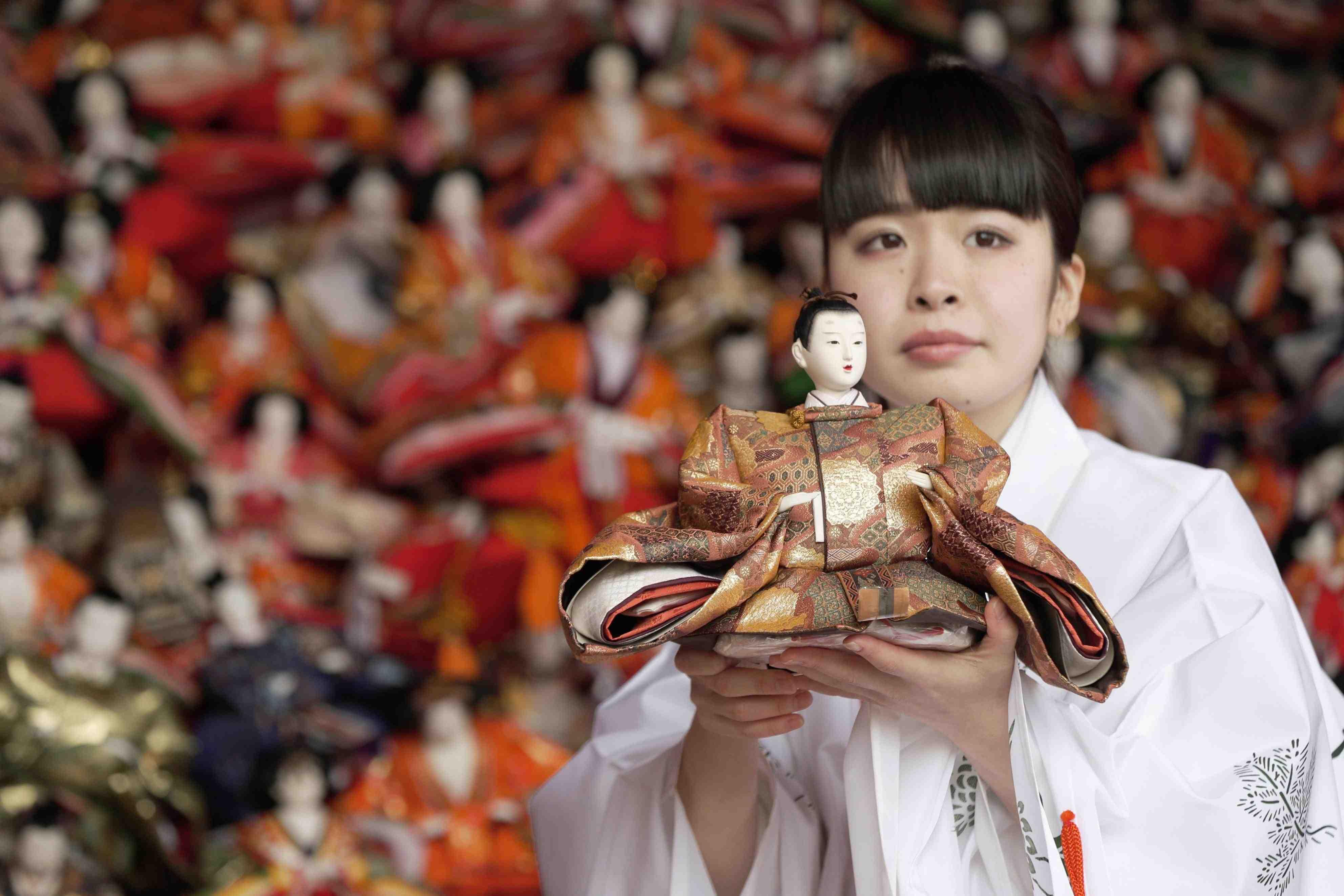 "Hidden Wonders of Japan ""Hina Nagashi"" in Wakayama 009"
