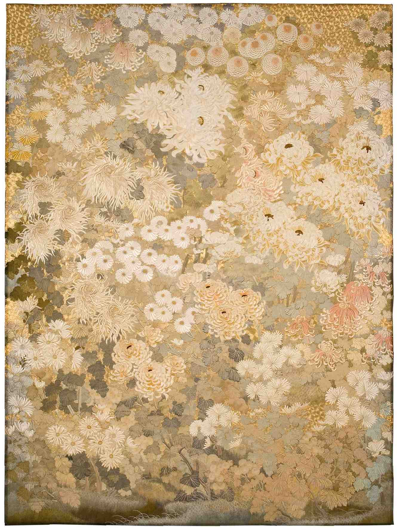 Mystery Behind a Grand Japanese Embroidered Tapestry in an English Palace 002