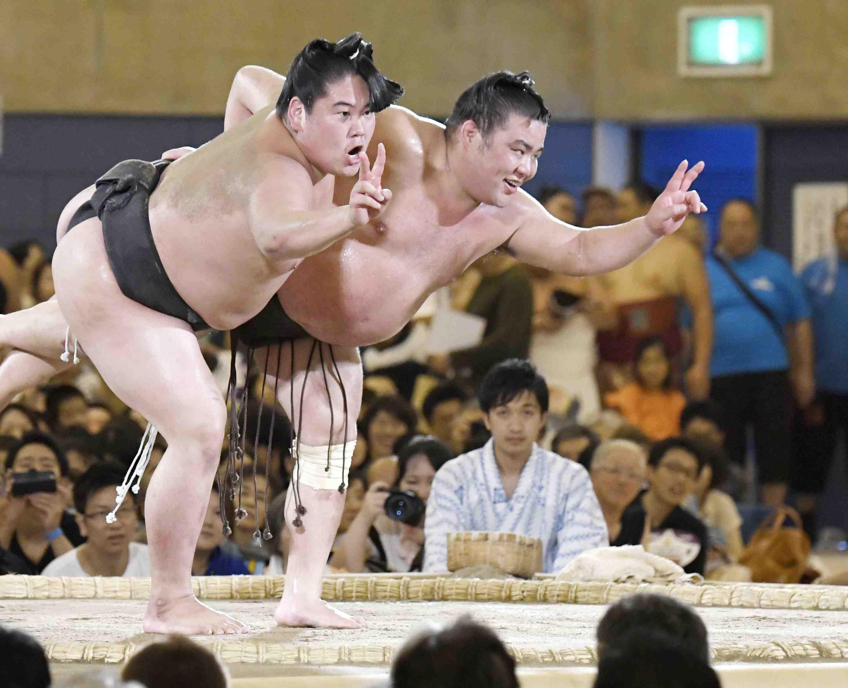 Japan 28 year old Sumo Wresler Shobushi Death by Coronavirus 004