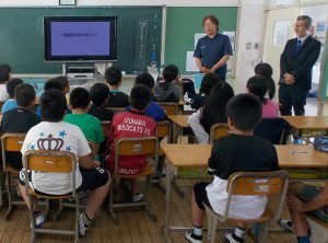 Tsushima CAPPA continues to raise awareness among children to encourage them to think about the problem of ocean garbage.