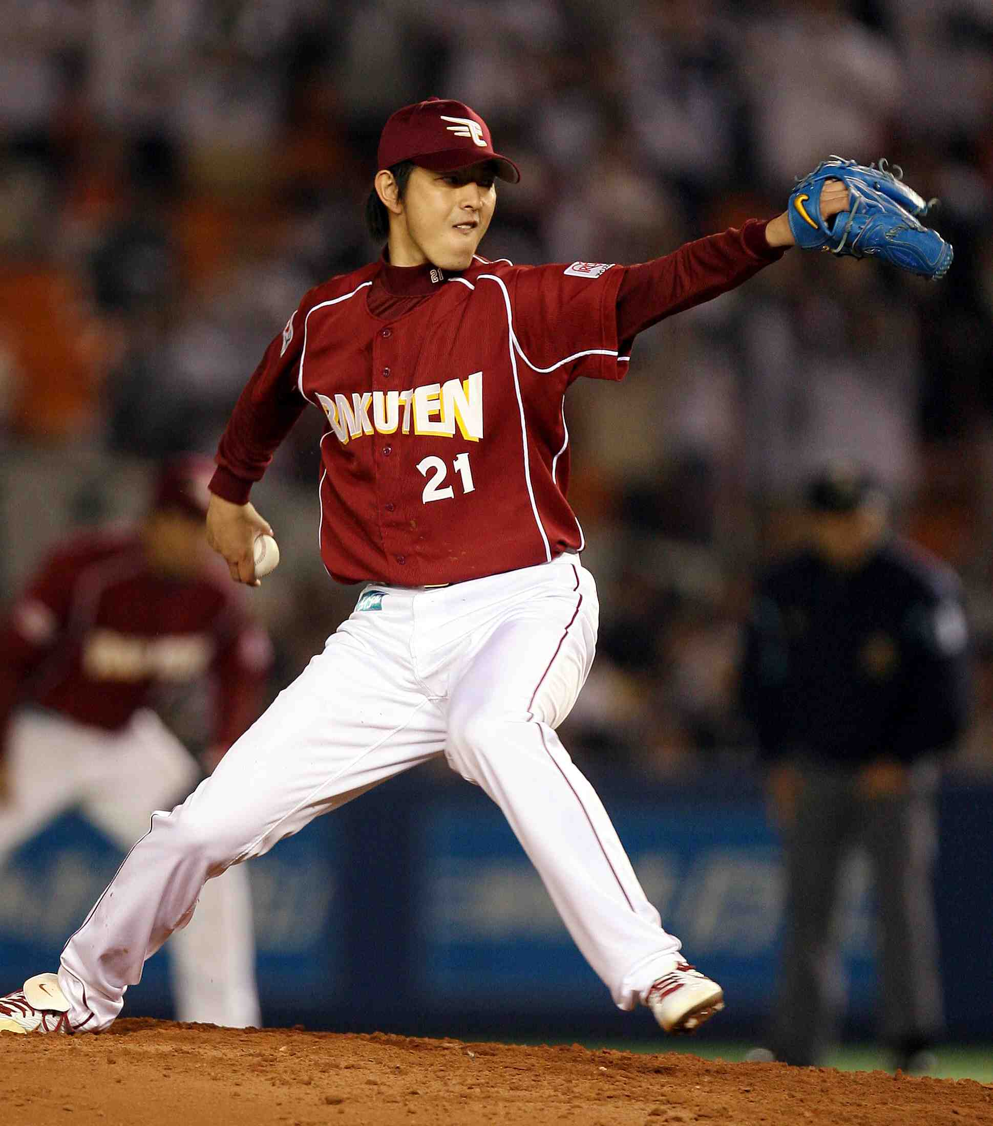 Baseball veteran pitcher Hisashi Iwakuma
