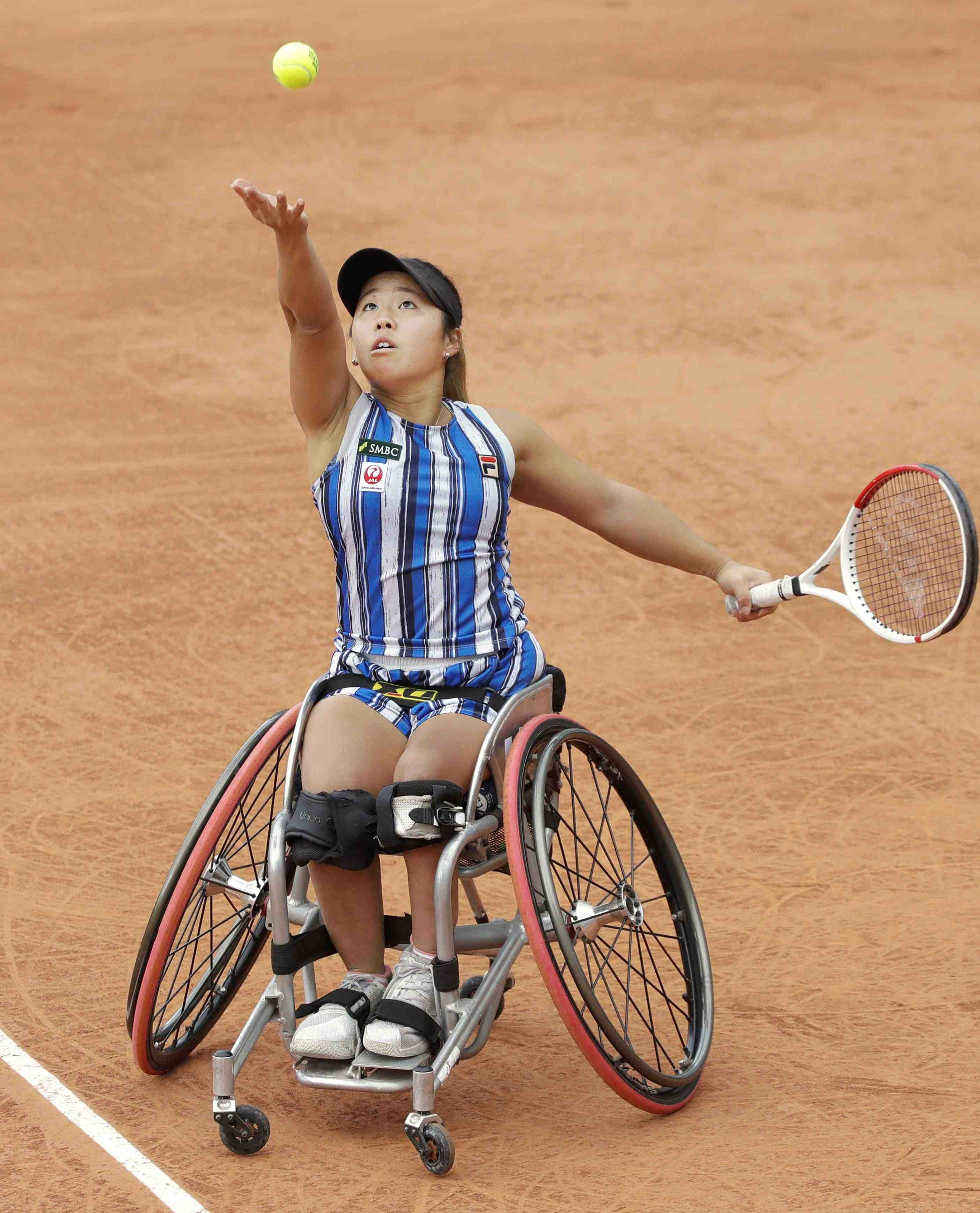 Japan's Yui Kamiji after winning the women's wheelchair final match of the French Open tennis 005