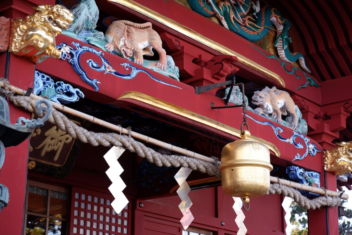 31 shrine detail-mitake-shrine–ehk-dscf4586