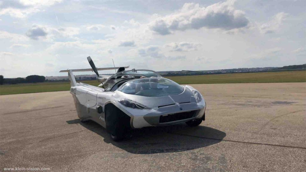 This image has an empty alt attribute; its file name is Flying-Cars-003-1024x576.jpg