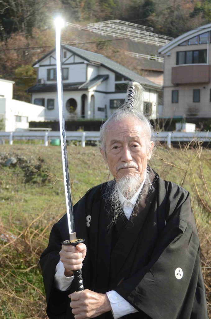 This image has an empty alt attribute; its file name is Japan-91-Year-Old-Last-Samurai-Goes-Online-001-678x1024.jpg